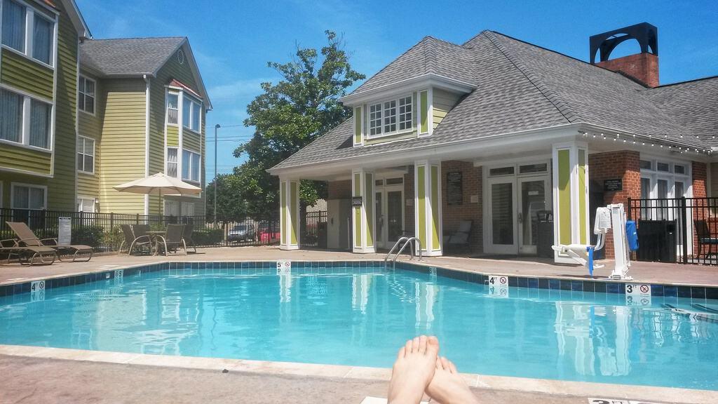 june 2018 income report - hotel pool